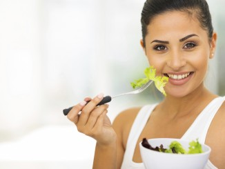 Foods can fight wrinkles and aging skin
